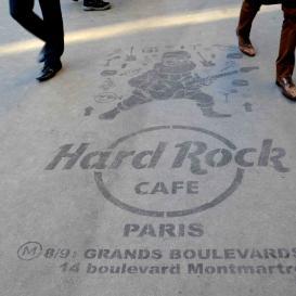 Campagne de cleantag pour Hard Rock cafe