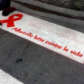 Clean-Tag lutte contre le sida.