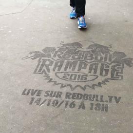 Marquage au sol pour la promotion du RedBull Rampage