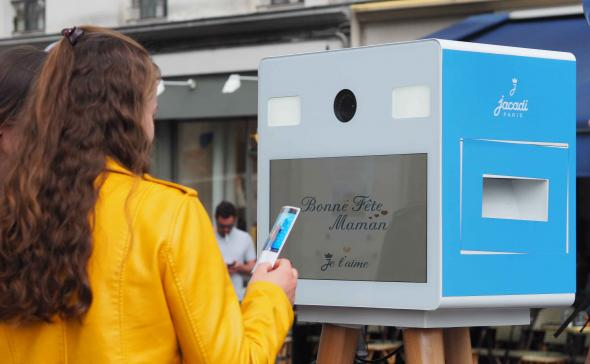 Borne à selfies street marketing