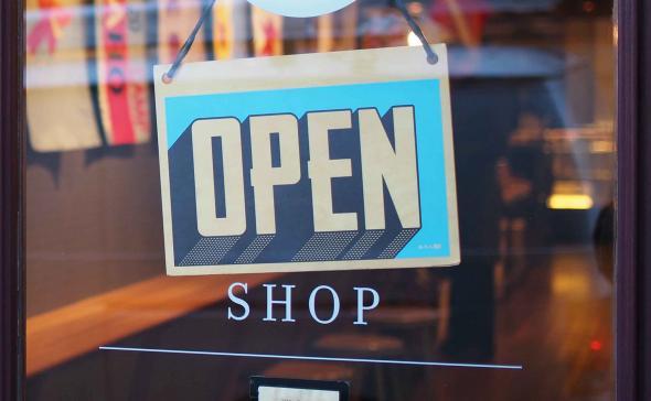 Opération de street marketing pour l'ouverture de magasin
