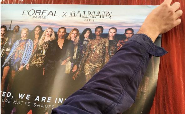Affichage L'Oréal / Balmain pour un lancement de produit